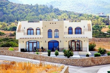 таунхаусы на Кипре